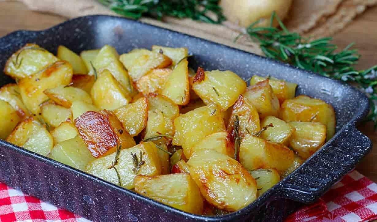 Pommes de terre au four croquante